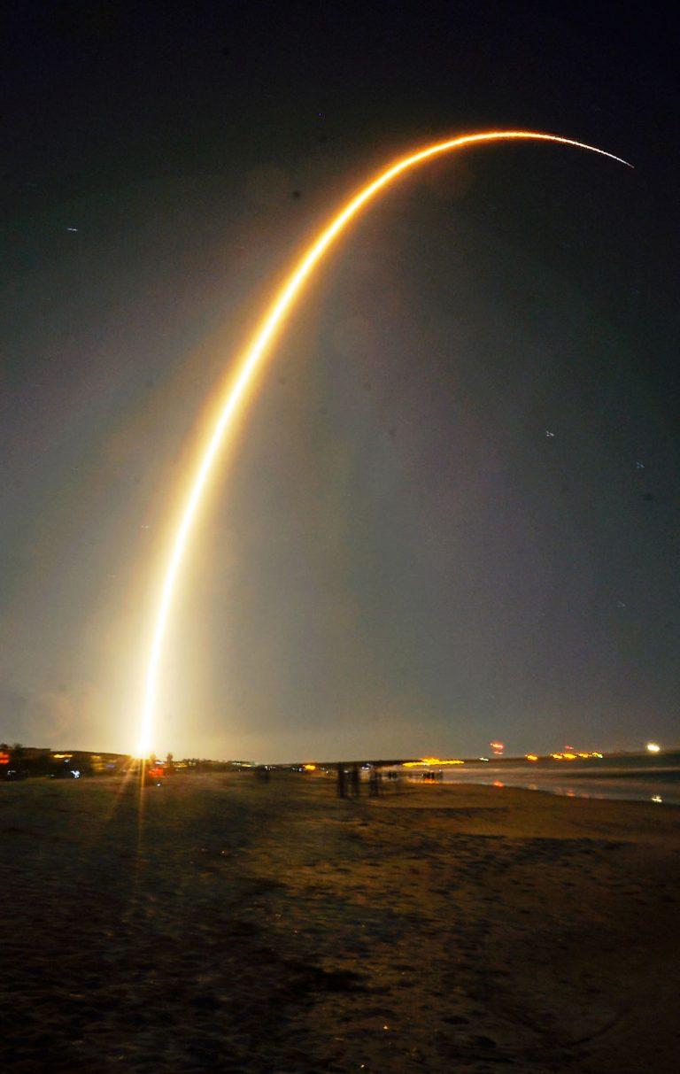 P.Blaha spaceX Falcon 9 Launch 06 Jan 19